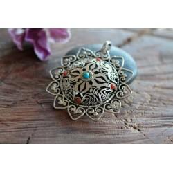 Amulett aus Nepal Türkis Koralle mit Herzen