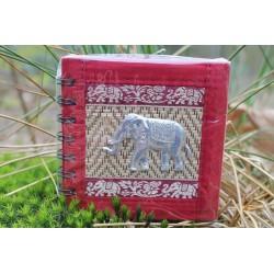 Notizbuch Naturfaser Thailand Elefant Spiralbindung 11x11 cm Weinrot