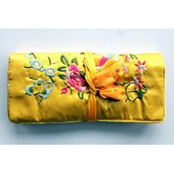 Jewelery pouch jewelery storage made of kusty silk, yellow