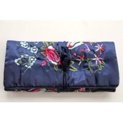 Jewelery pouch jewelery storage made of kusty silk, dark blue
