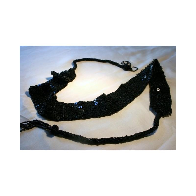 Gürtel mit Perlen / Farbe schwarz