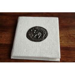 Winziges Notizbuch Stoff Thailand mit Elefant 10x8 cm- Weiß