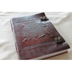 2. Wahl: Leder Tagebuch mit Elefanten Motiv 25x18 cm
