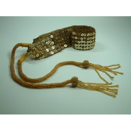 Gürtel mit Perlen / Farbe gold