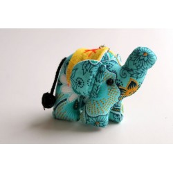 Schlüsselanhänger / Anhänger Stoffelefant Helltürkis