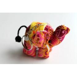 Schlüsselanhänger / Anhänger Stoffelefant Pink, gelber Sattel