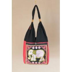 Schultertasche Handtasche im Boho-Stil aus Thailand mit Elefant