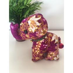 Stoffelefant in Violett / Höhe ca. 18 cm